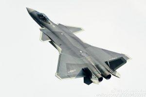 Uusi maalaus Kiinan J-20-häivehävittäjässä