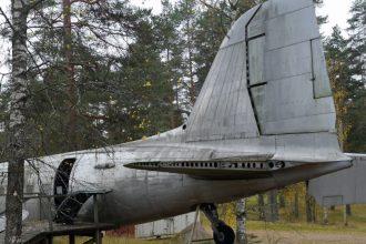 """DC-3 """"DO-5"""". Kuva: Juha Ritari."""