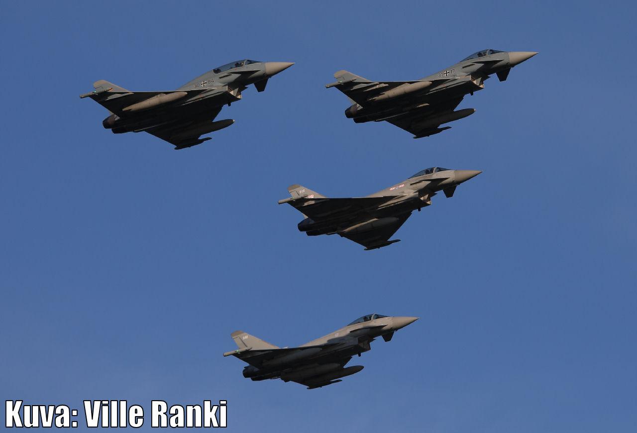 Kaivopuiston lentonaytos 2021 - Eurofighter Typhoonien ohilento. Kuva: Ville Ranki